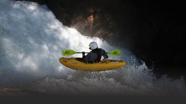 Top-notch kayakers take on the White Nile