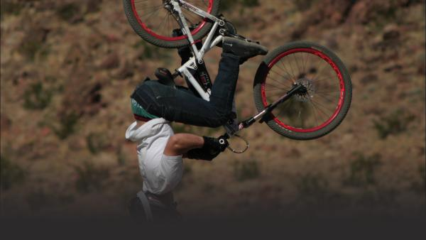 Mountain bikers in Las Vegas
