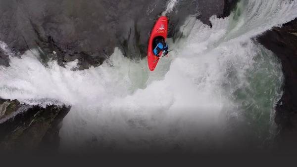 Pro kayakers go off steep waterfalls in Mexico
