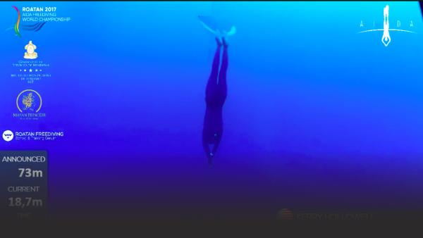 Kerry Hollowell freediving to 73 meters